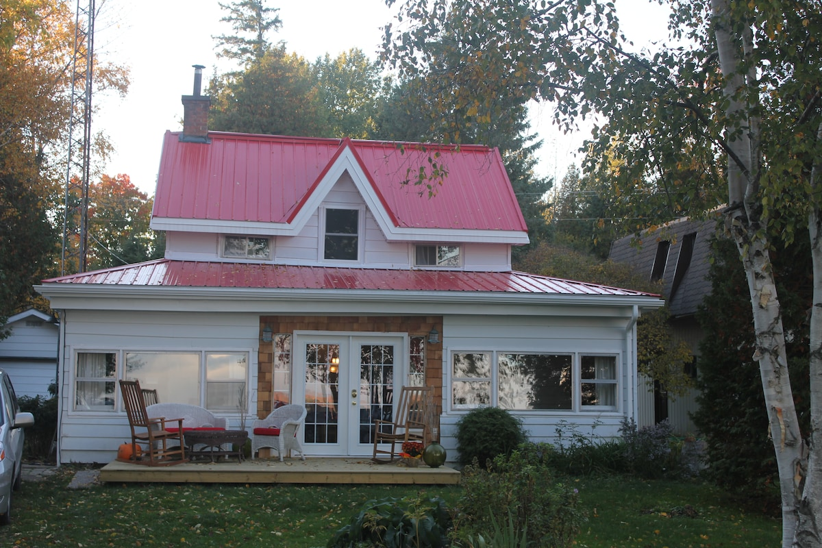 Balmy Breezes Cottage