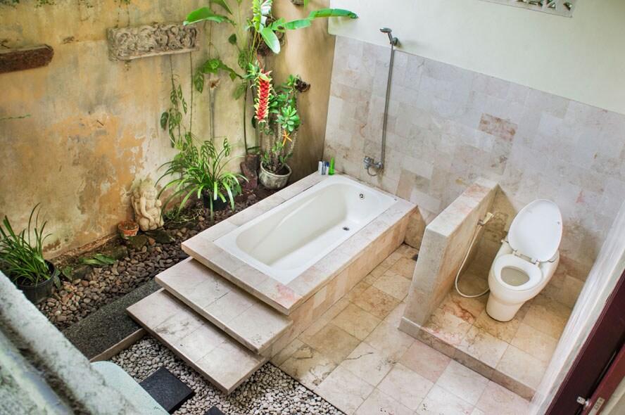 Downstair: bathroom