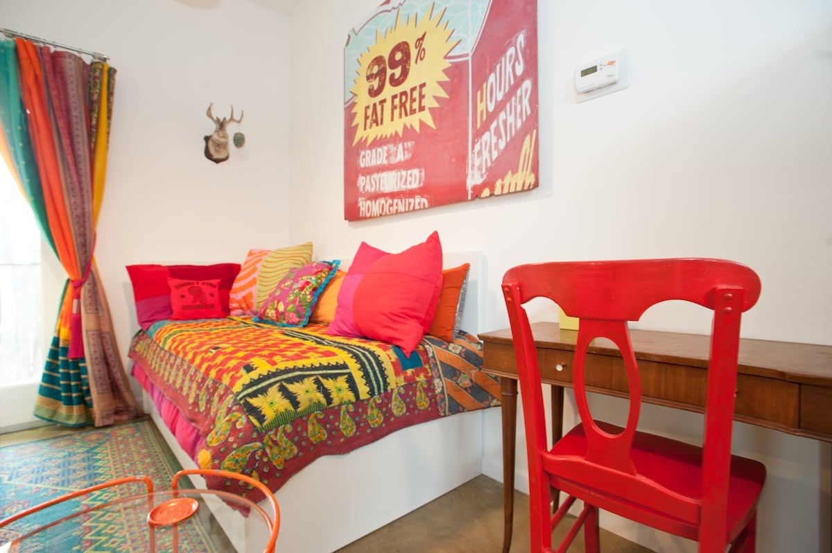SOCO Artist's Funky Guest House