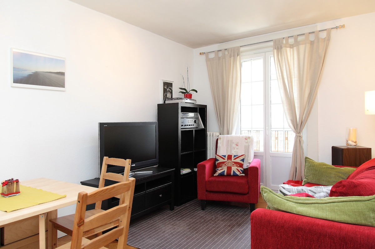Relaxing Living-room