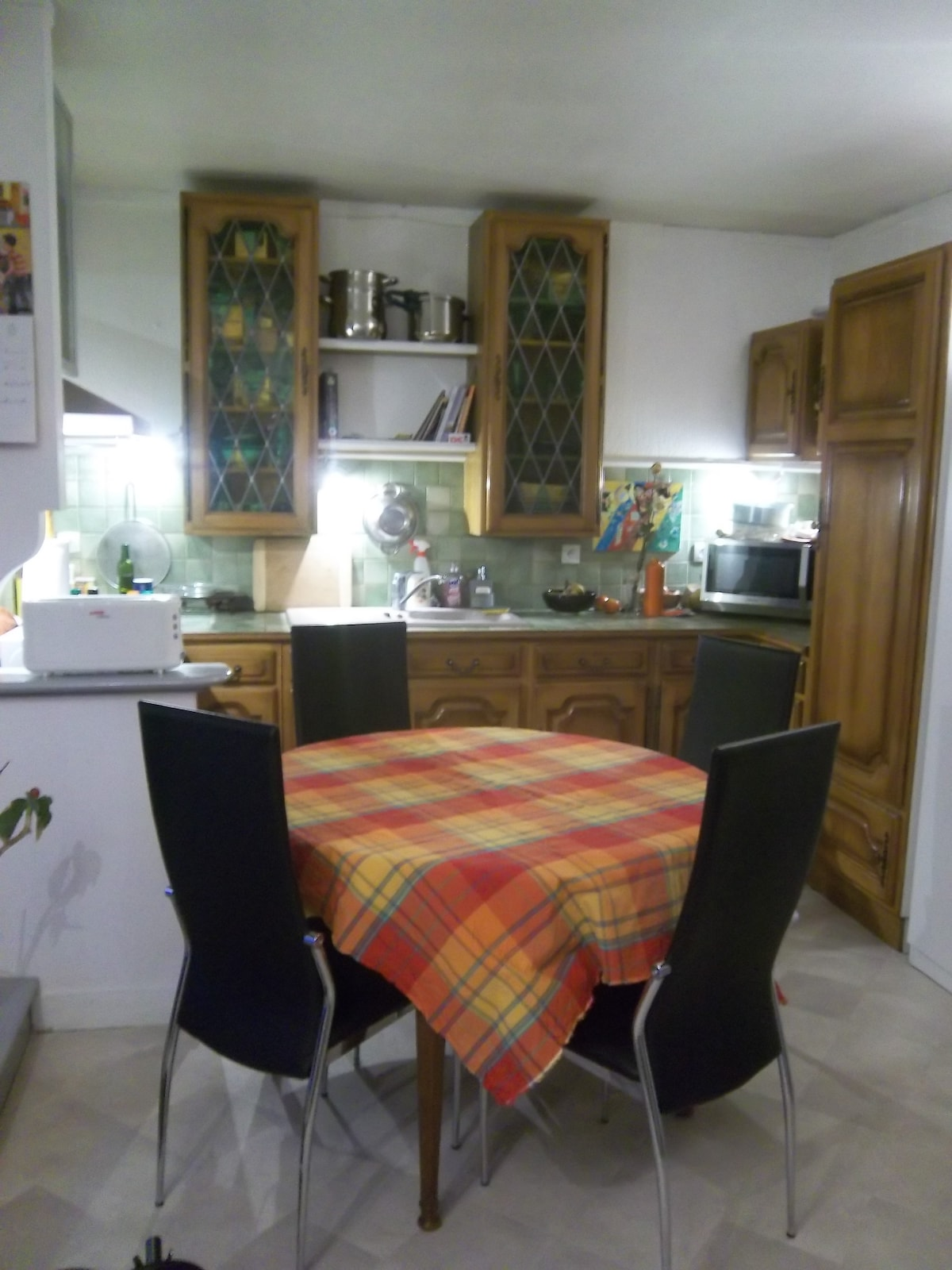 the kitchen with all facilitites
