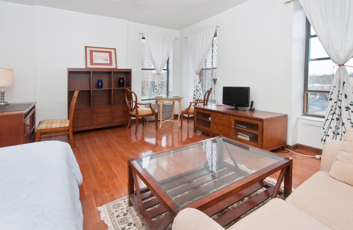 One Bedroom Townhouse Apartment