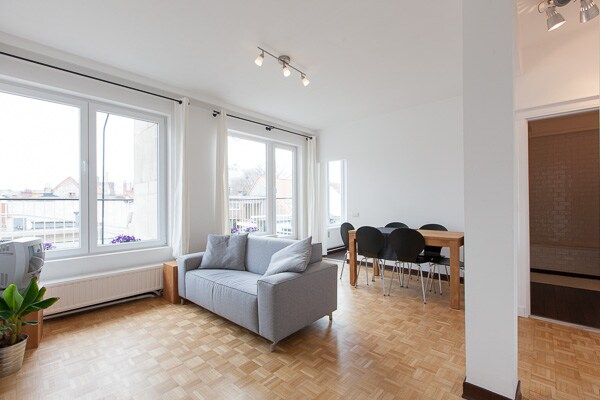 Very light roof apartment with 20m2