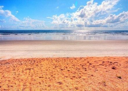 Beach Rental -: ) Steps to Ocean