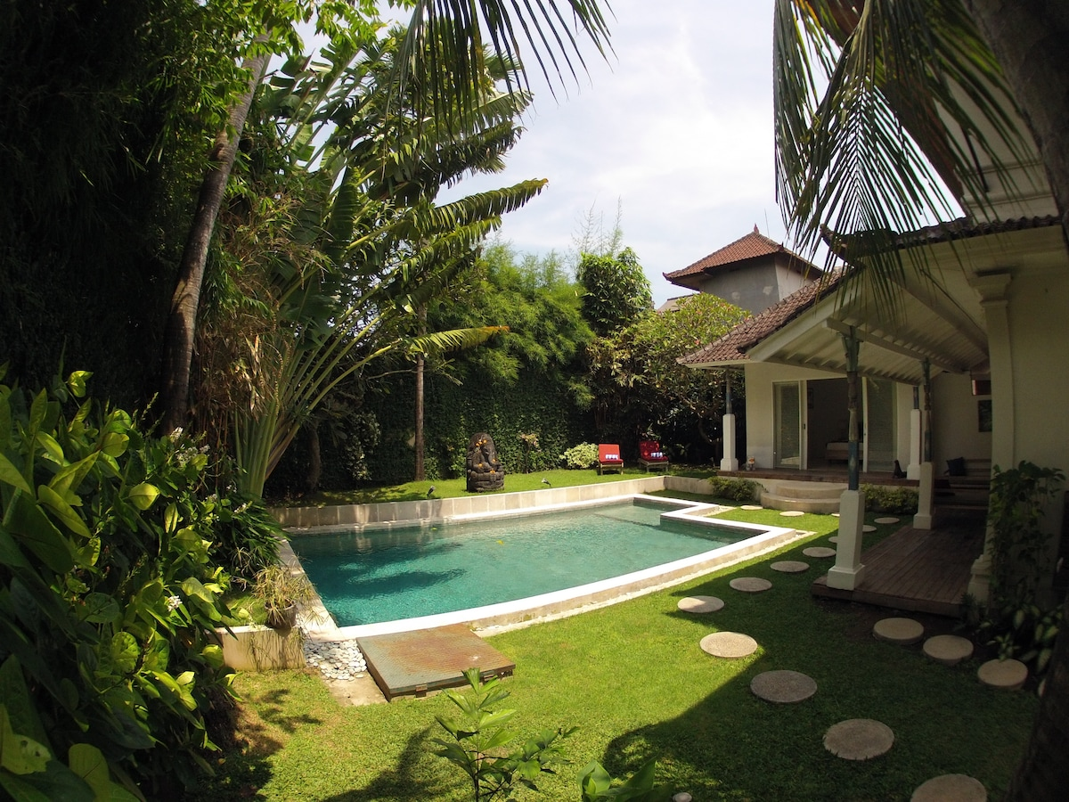 Villa Léa: authenticity & character
