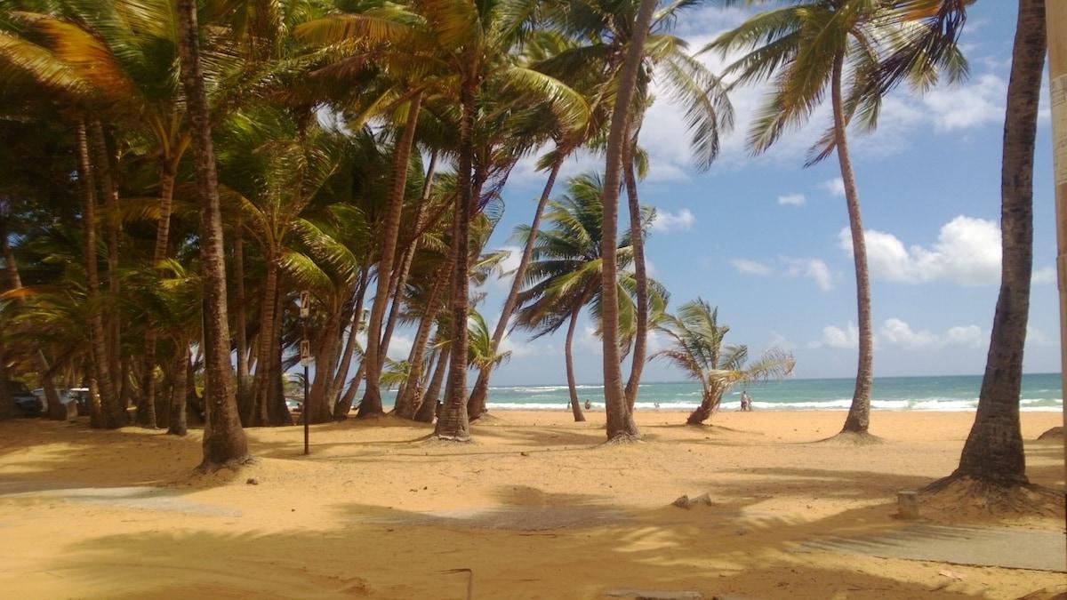 Luquillo, PR - Playa Azul Beach Apt