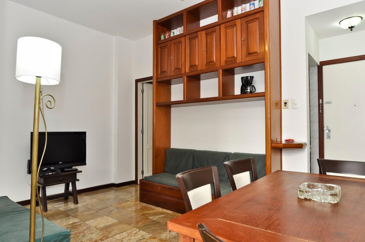 Cosy 1 bedroom  heart of Leblon Rio