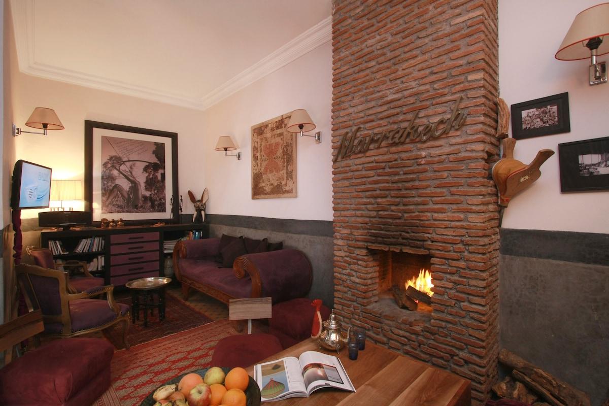 "Riad ""Dar Marly"",  Salon Lounge....Medina Marrakech, Airbnb"