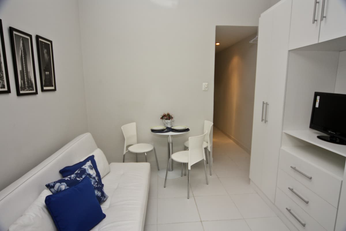 Studio in the HEART of Copacabana