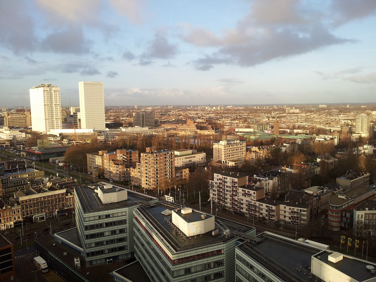 View rom the apartment on Rotterdam city
