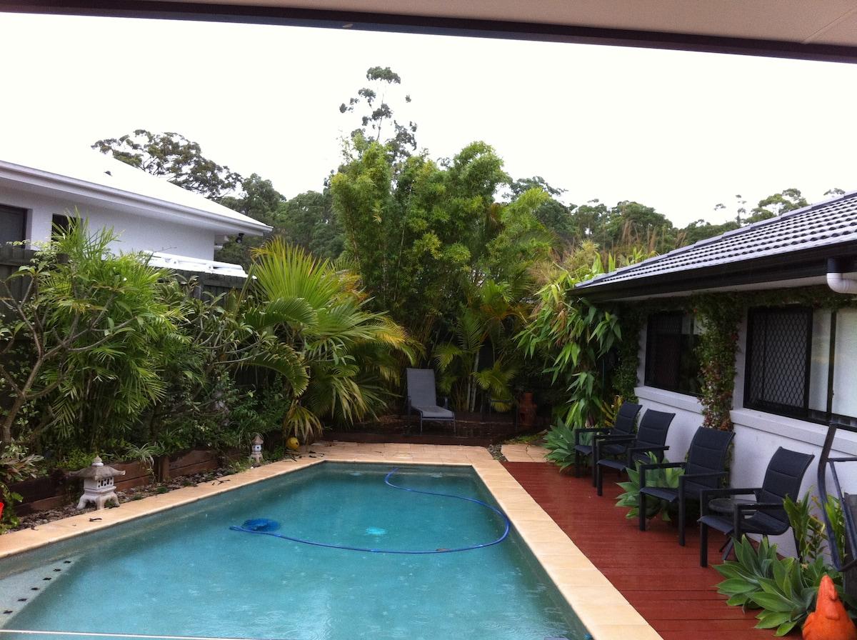 Sunshine Coast Surf Swim Relax