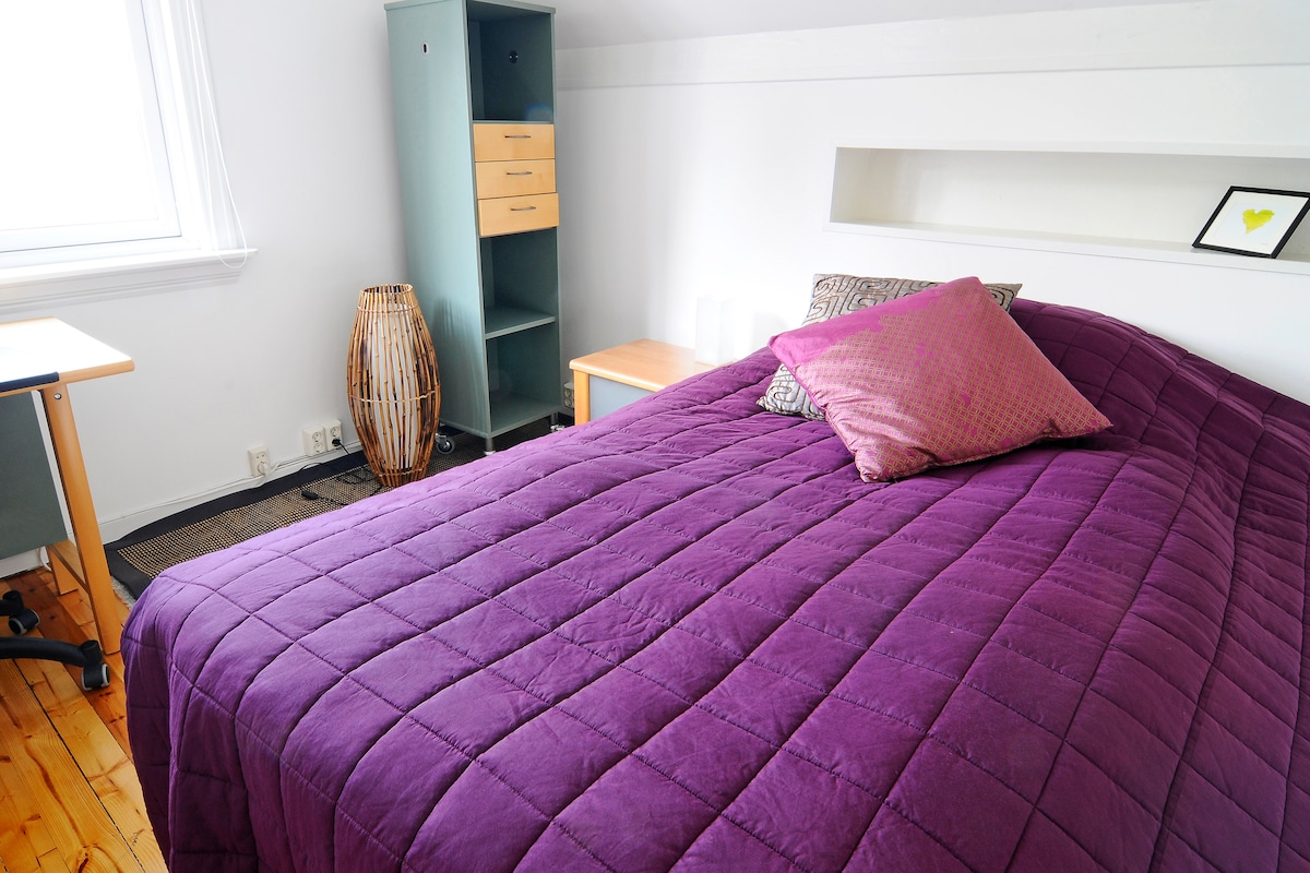 Bed room 1 has a comfortable double bed