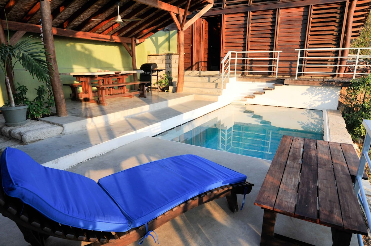 Private pool and lounge space- perfect for honeymooners