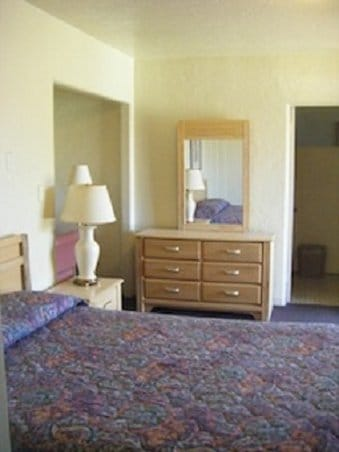 Entire Home/Apt Extended Stay Motel