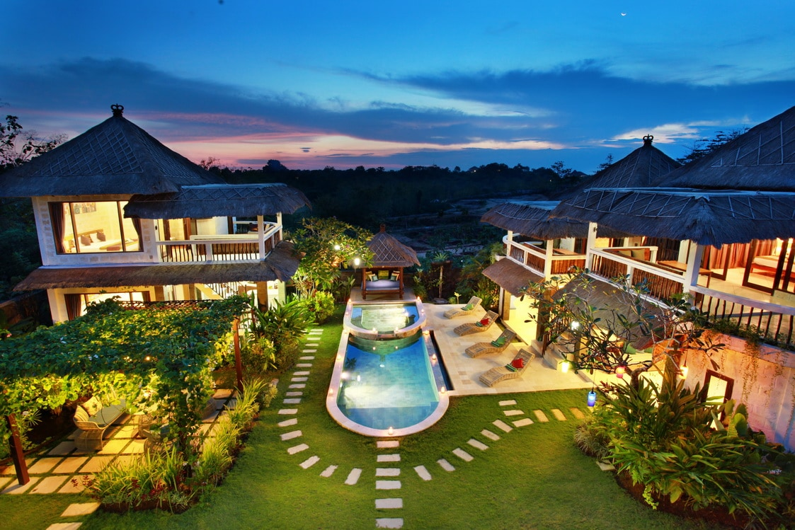 Amazing Nona's Bali American Bali