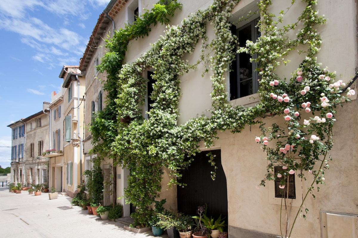 LA POUSADA - CHARMING GUEST HOUSE