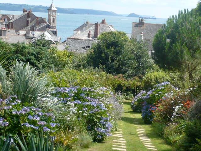 Path through the garden to the village