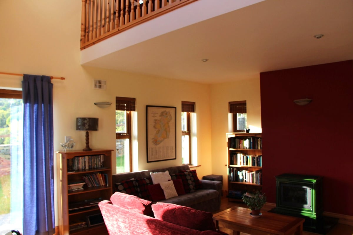 Sitting room and mezzanine area.