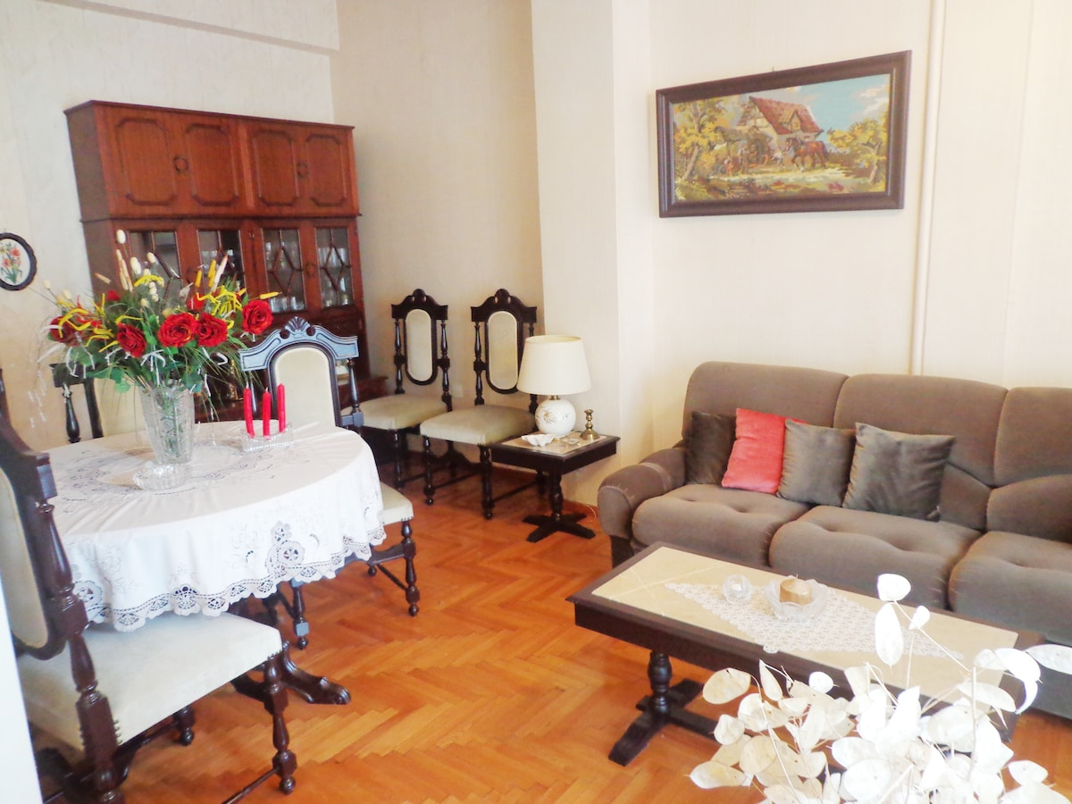 Living room 2, classical style furniture, with access at the big terrace