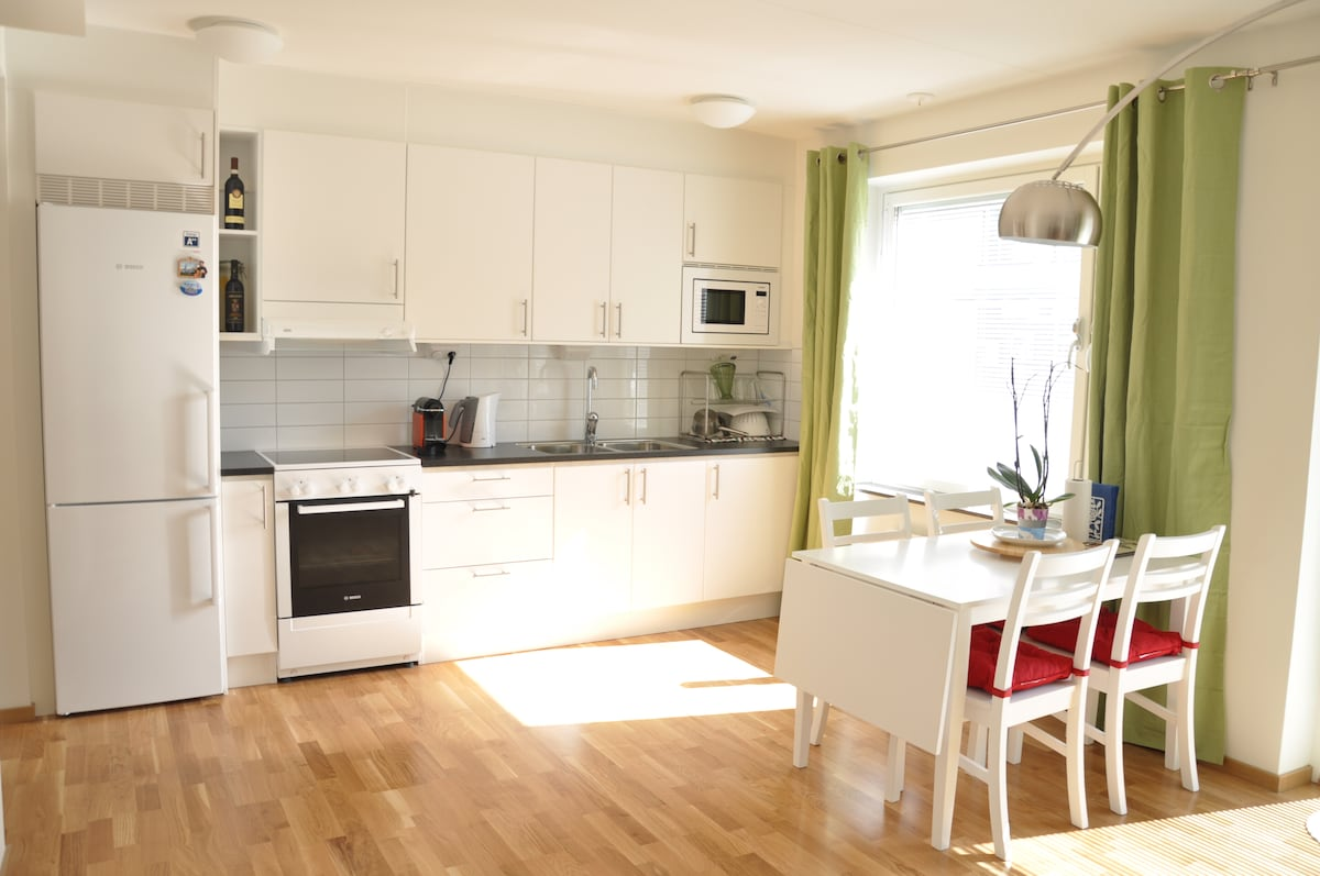 New Apt! 10 mins north of Stockholm