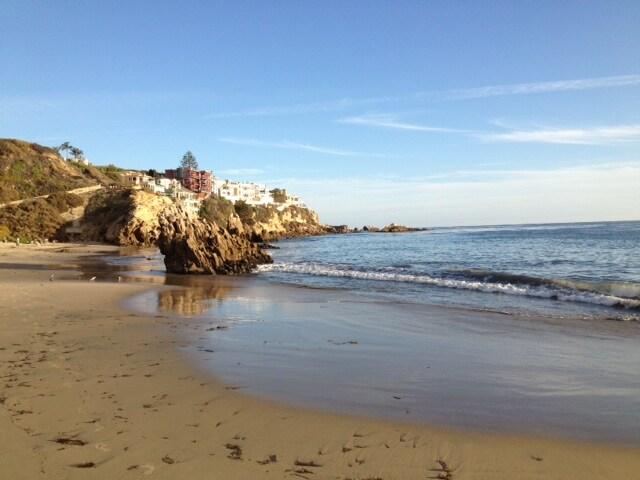 Corona Del Mar State Beach - Beach Volleyball, BBQs, Fire-pits, Bathrooms etc.