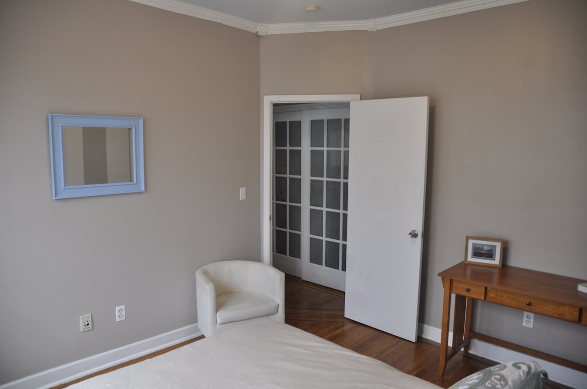 Master Bedroom view in to hallway and closet