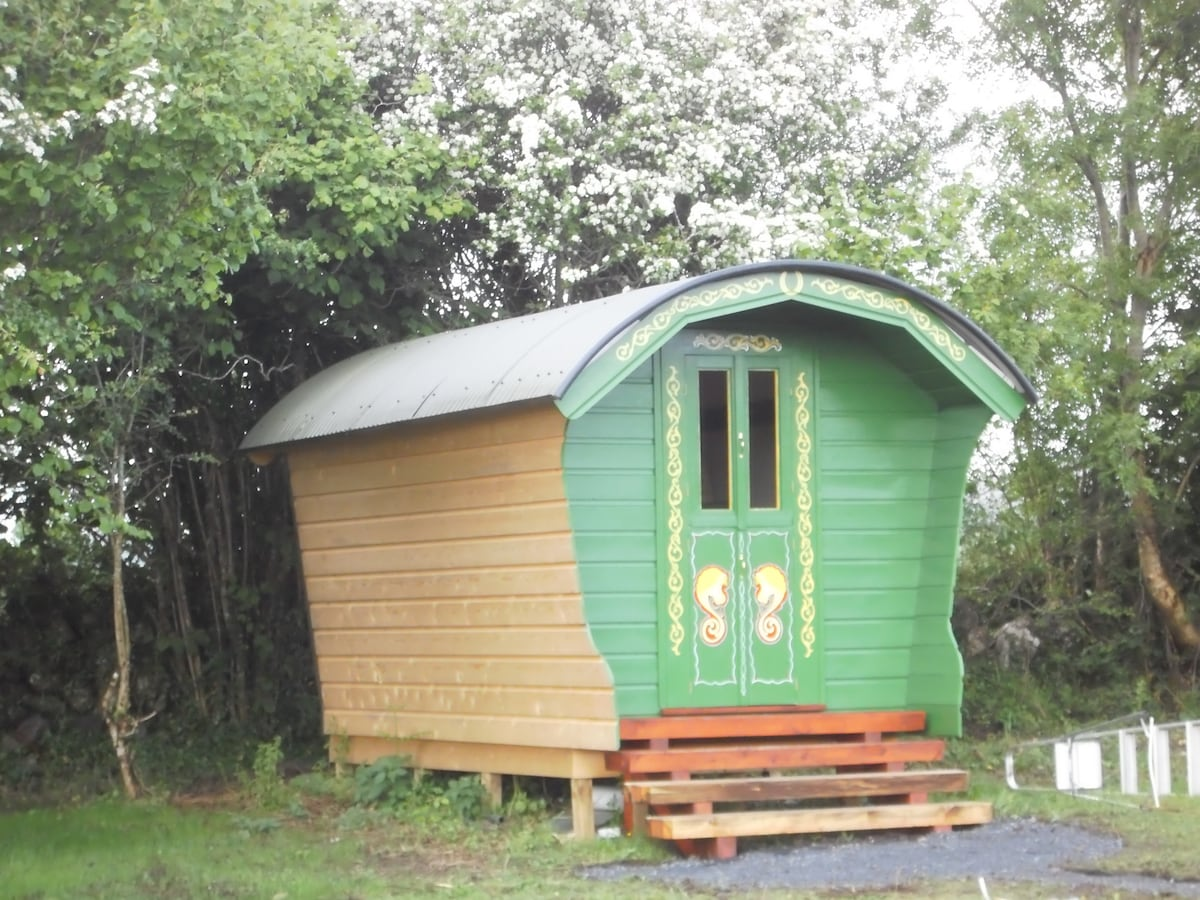 This is the beautifully finished Green Wagon cabin