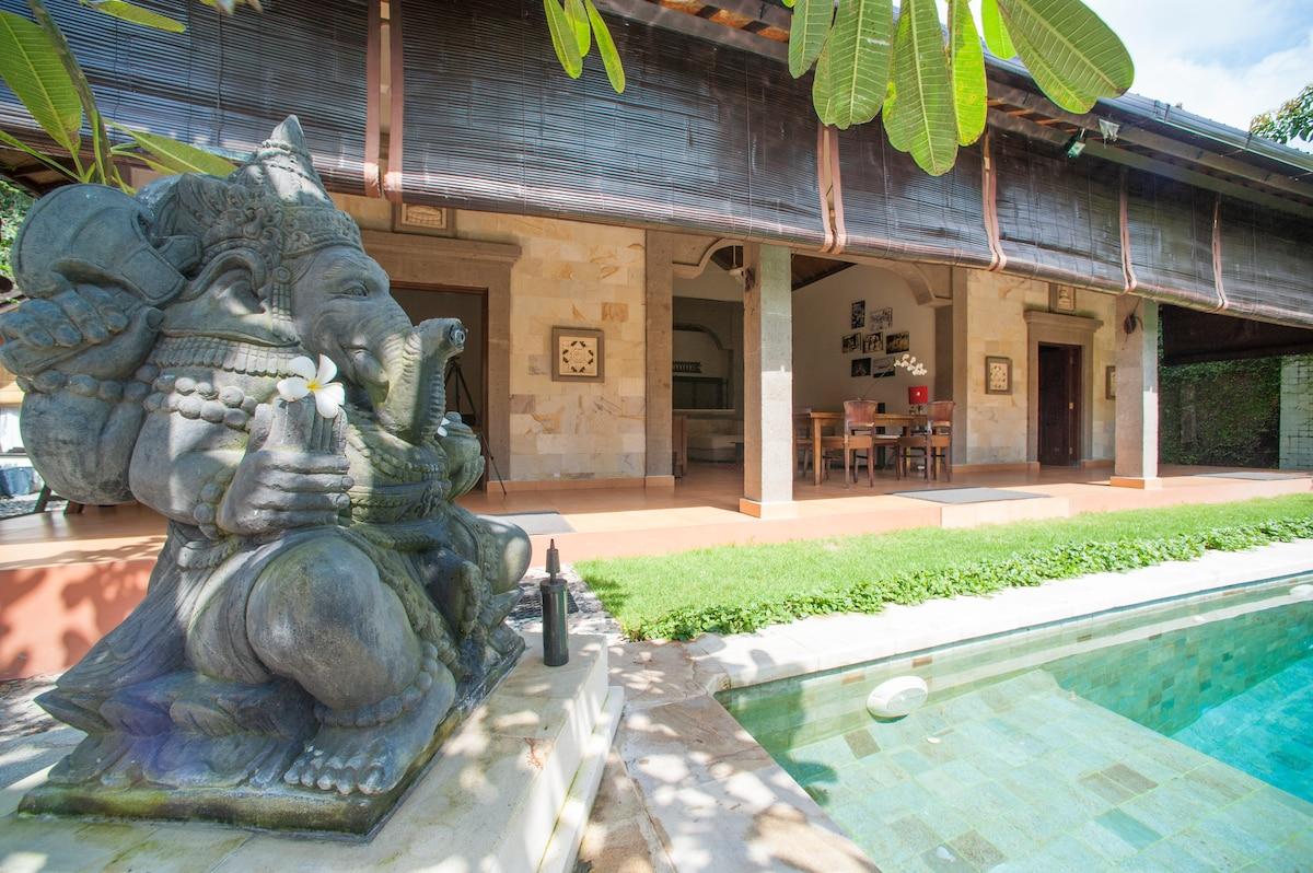 Villa 'TAO' Seminyak Kuta Bali