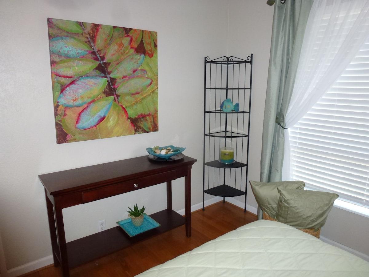 Tropical Decor in Bedroom