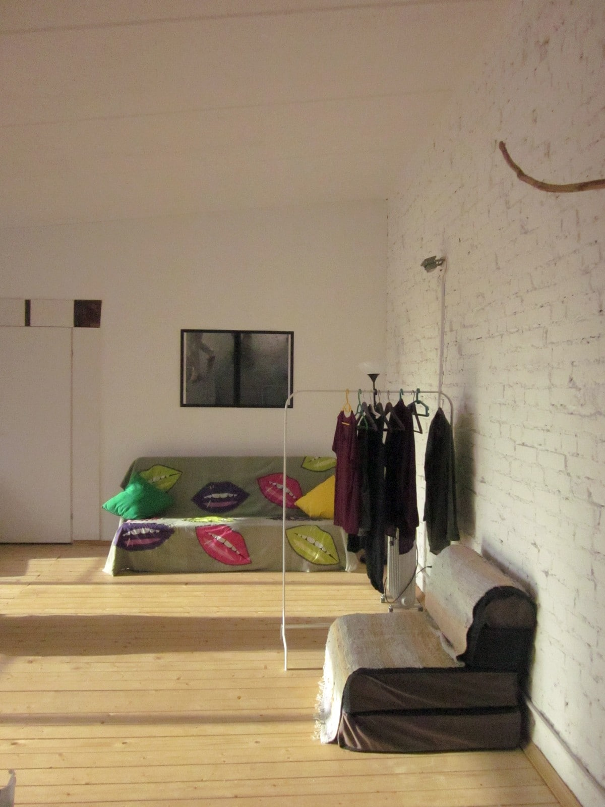 In our loft inclined ceilings in height almost 4 metres and are a lot of sunlight