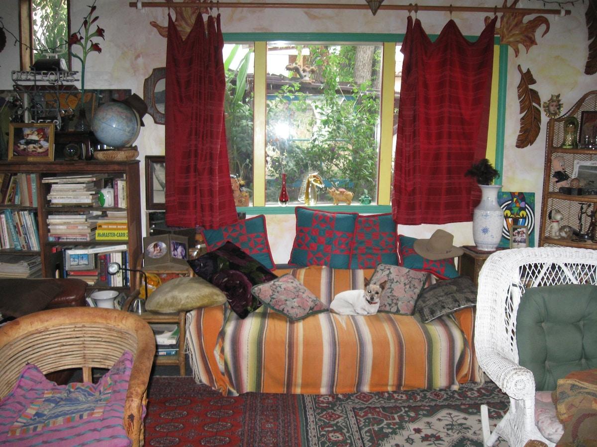 Unique private rooms/Camping