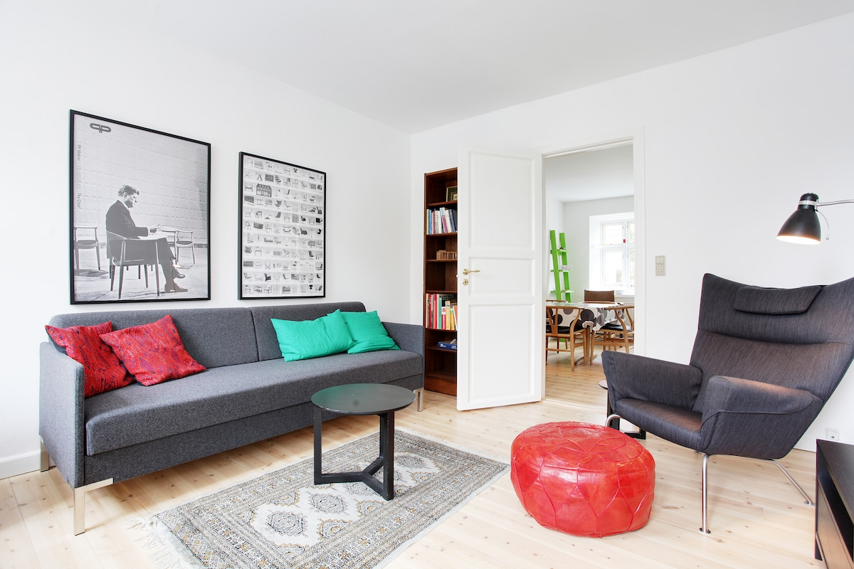 Classic Danish Apartment in Center