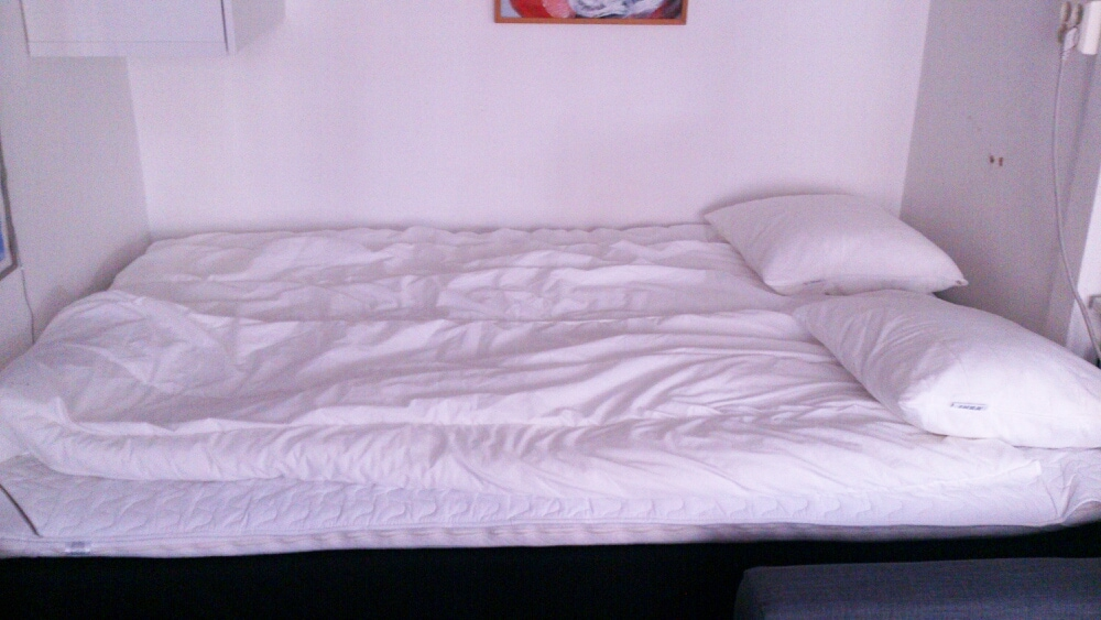 Big bed for two persons, 140 cm
