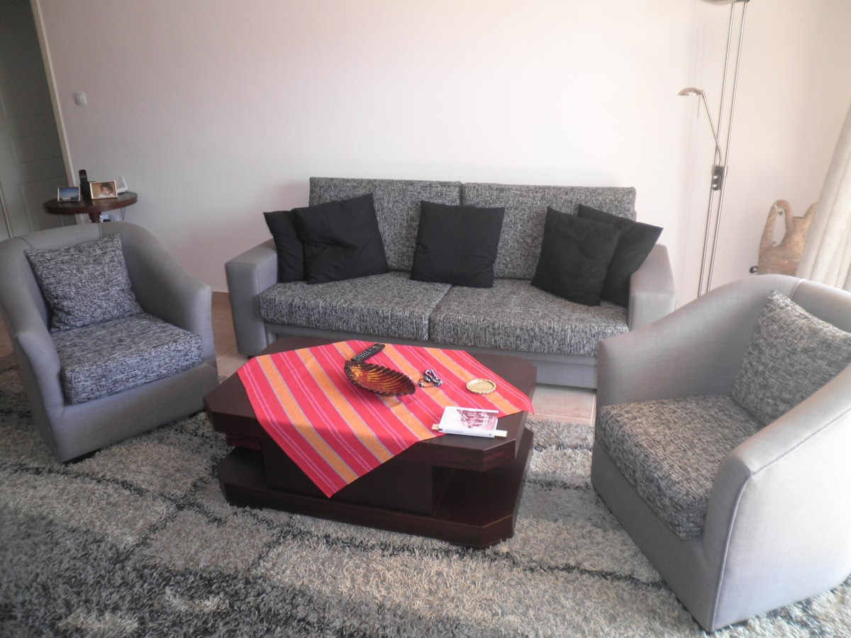 Volos apartment in the center for 4