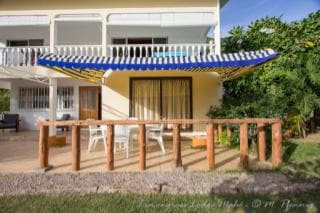 Spacious double room in villa with terrace