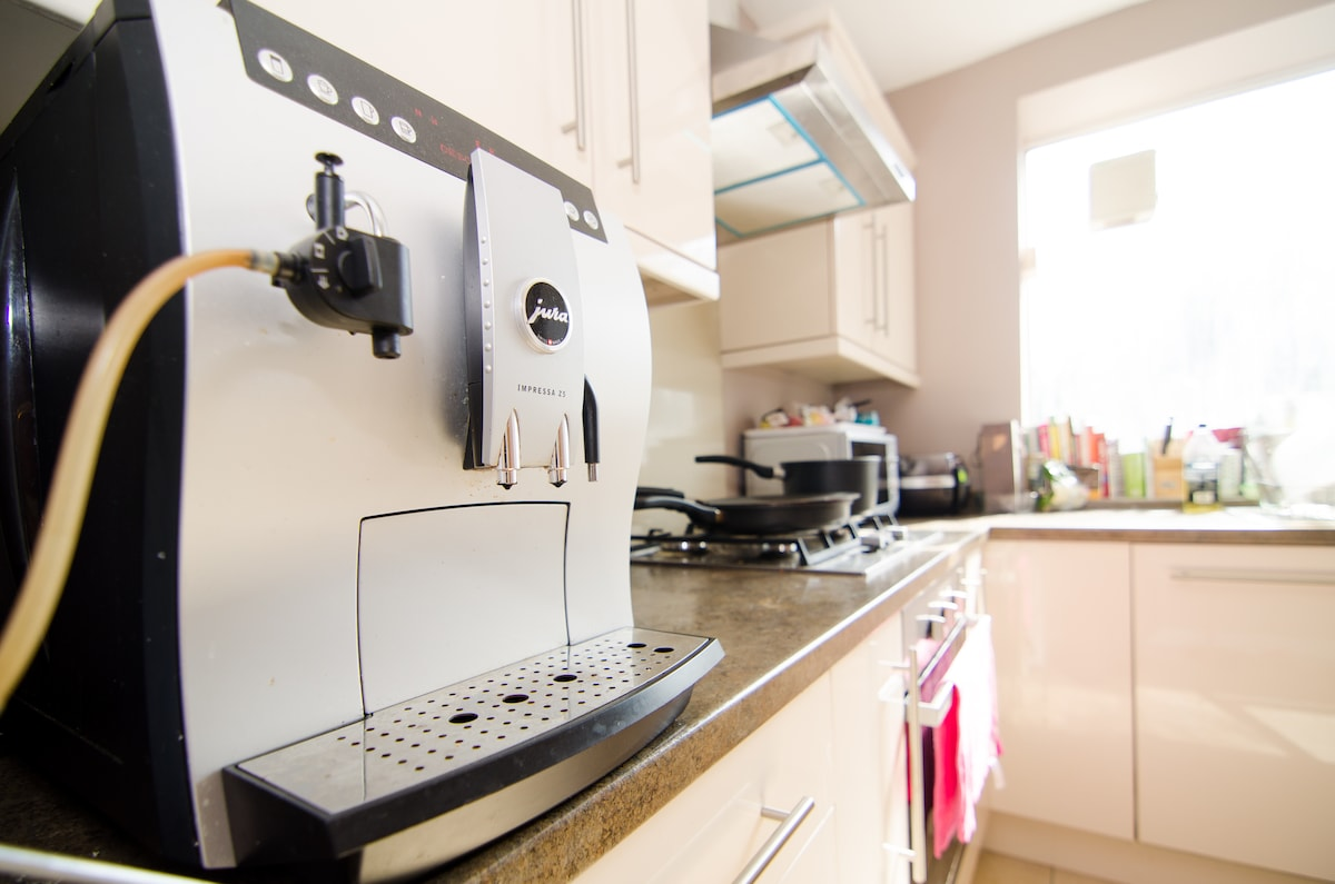 Jura Z5 Bean to Cup coffee machine at your service...