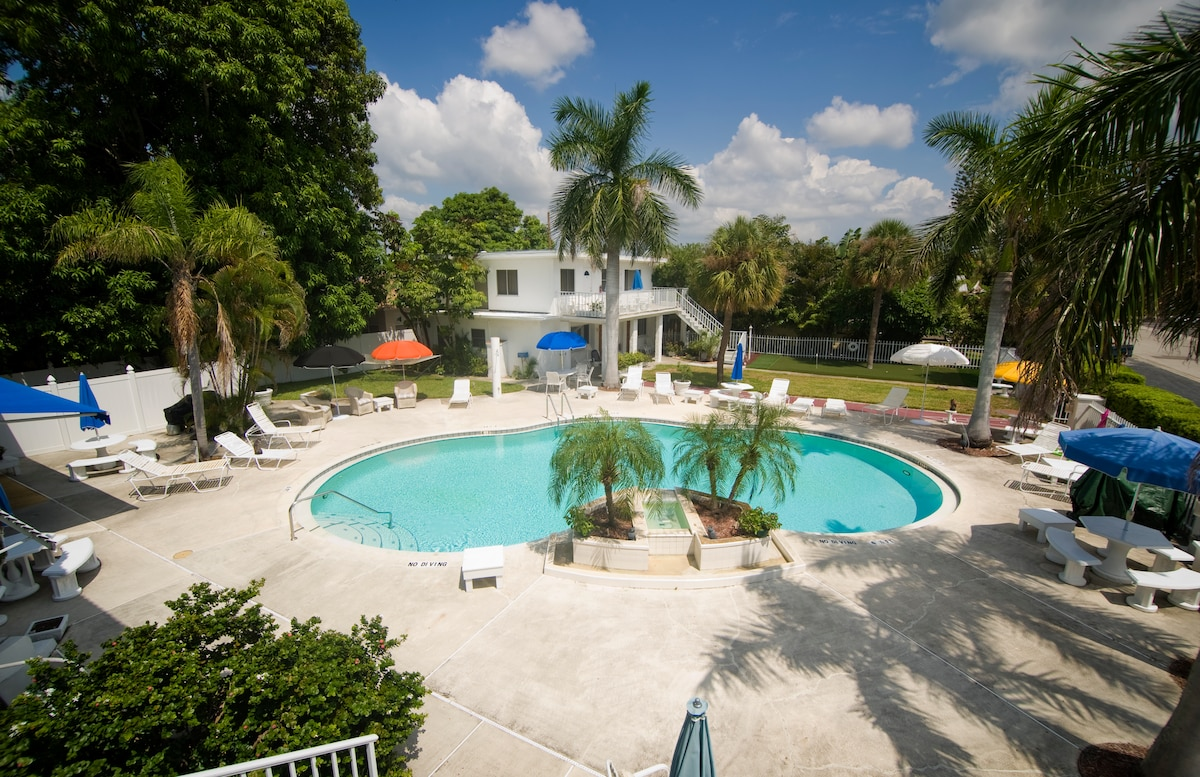 View of the pool from Cottage Number 1-6