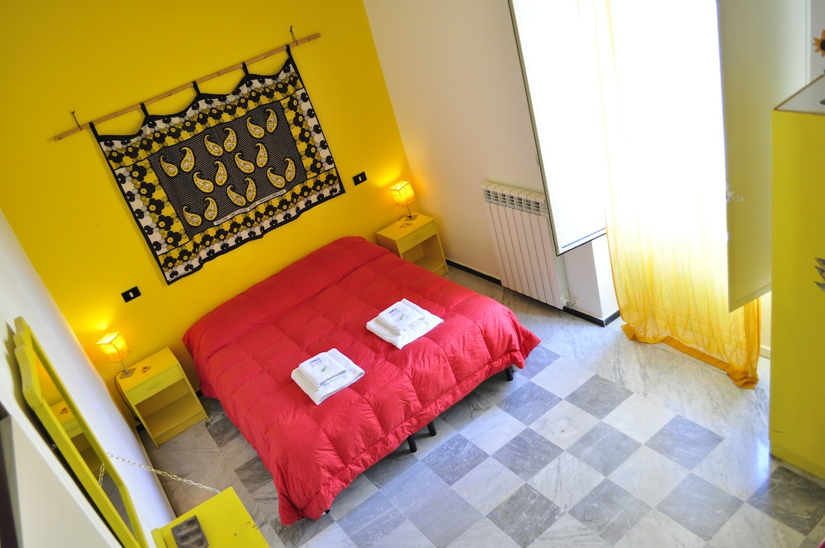 Yellow room in the Marzipan house