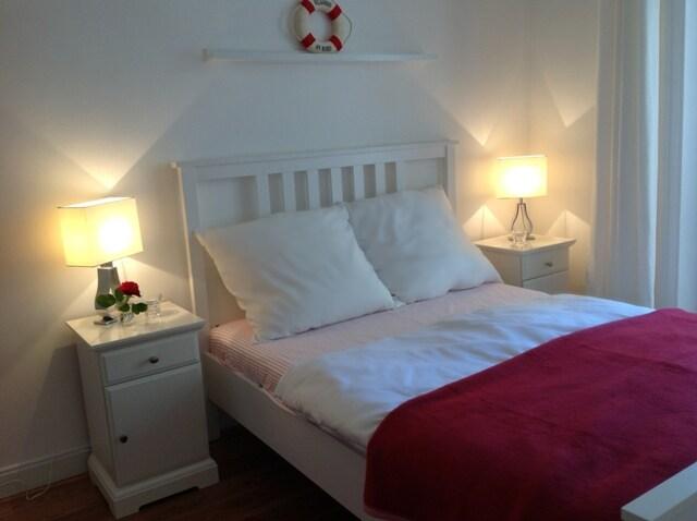 Gästeschlafzimmer mit Doppelbett