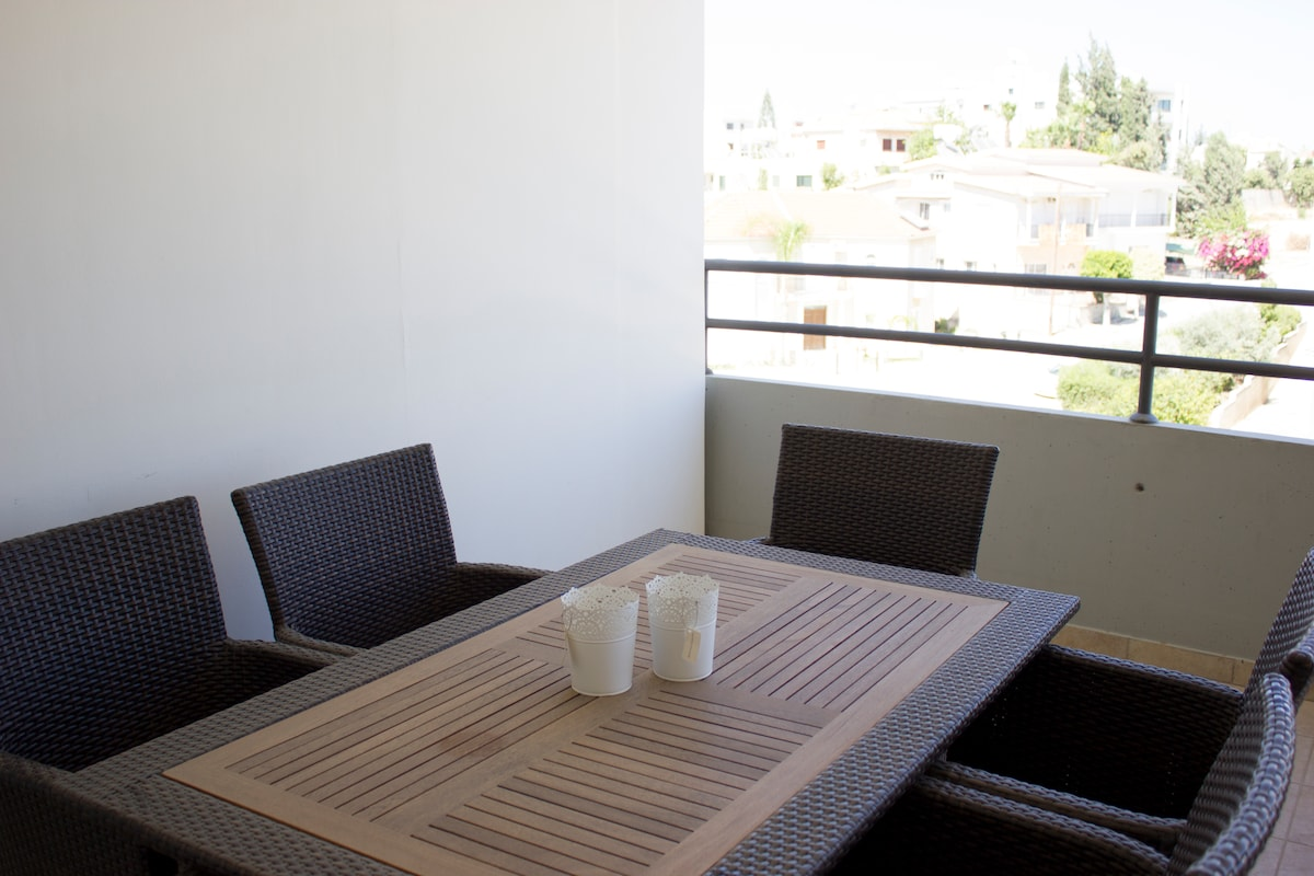 Top Floor apartment in Larnaca