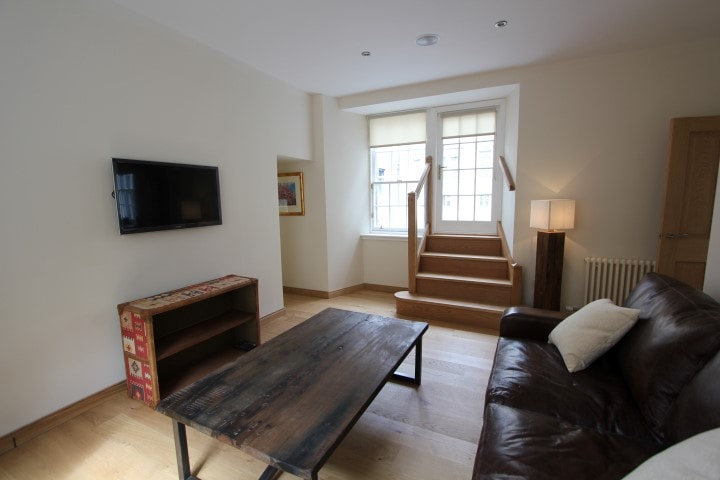The apartment has an amazing cottage even though its in the heart of the city