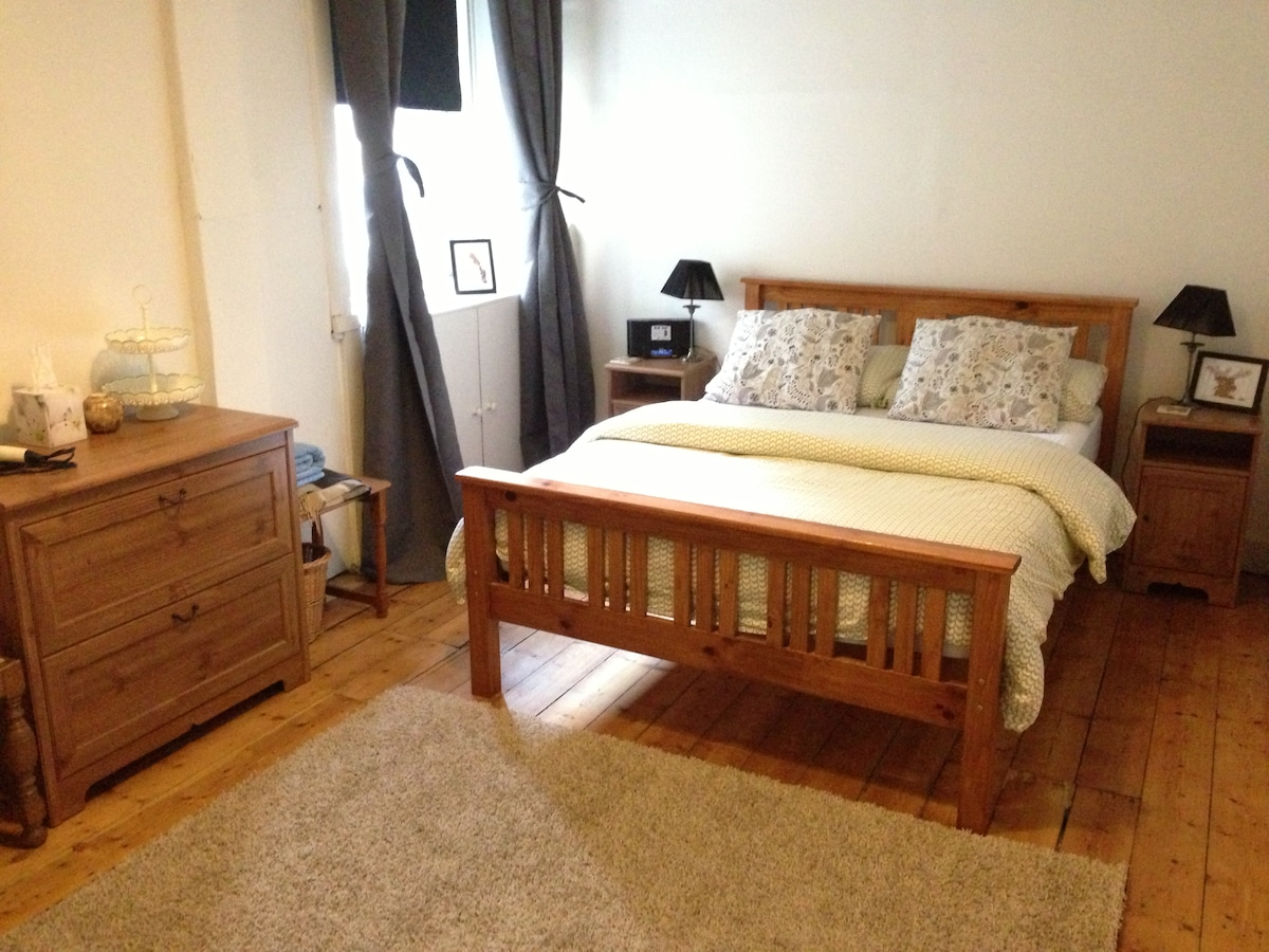 Large double bedroom with lots of storage space.