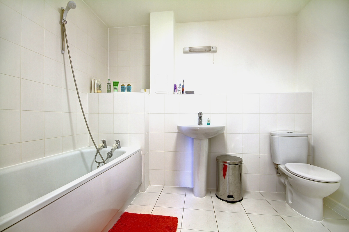 Modern ensuite double @Canary Wharf