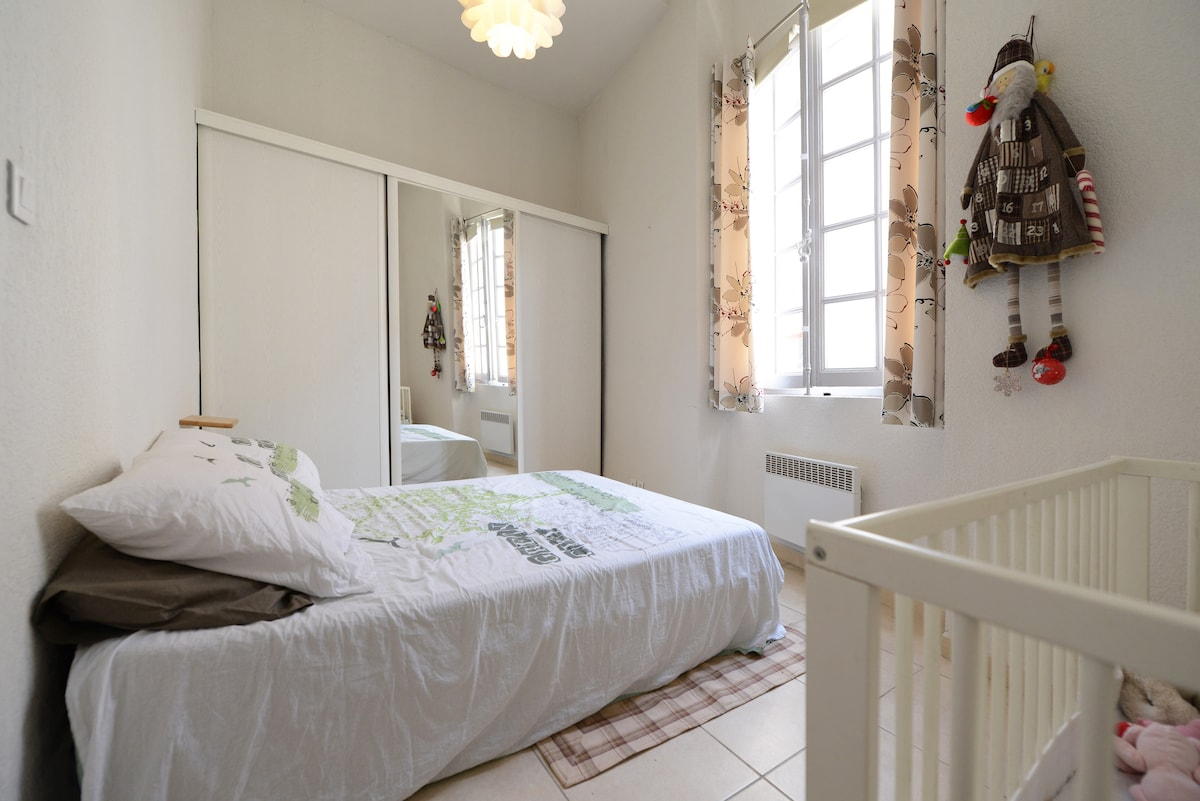 Bedroom 1 with cot