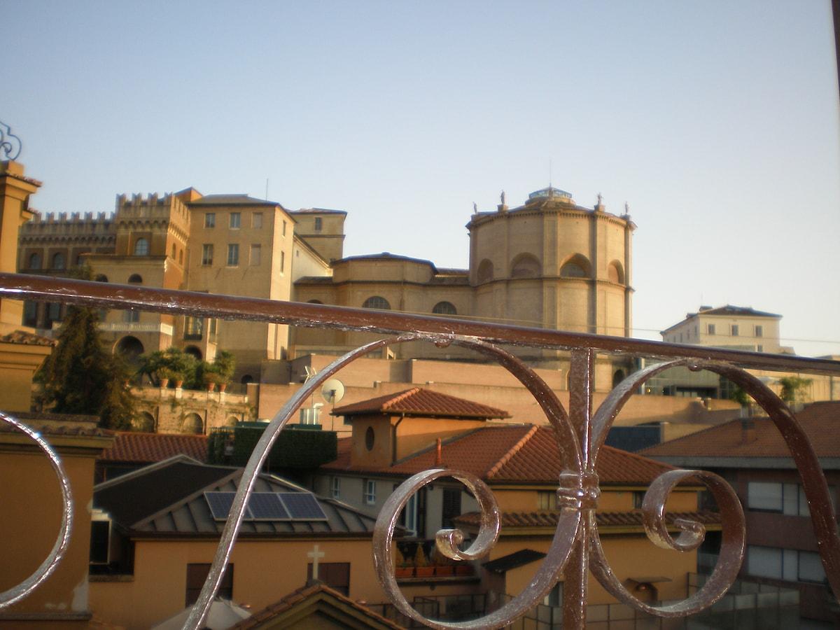 """Vista sul Vaticano dalla camera """"Season 1"""""""
