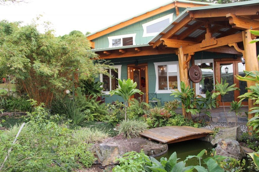 Big Island Farmstay - Healing Room