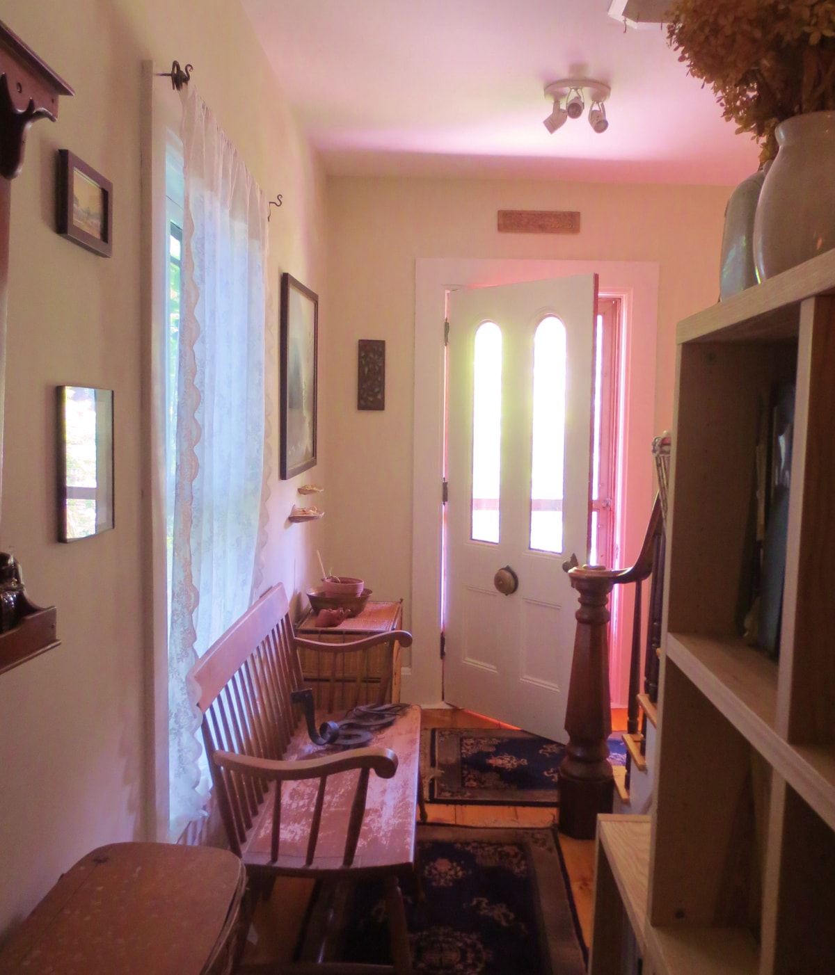 Guests' private entrance