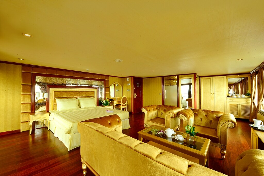 Double Room on Golden Cruises 9999