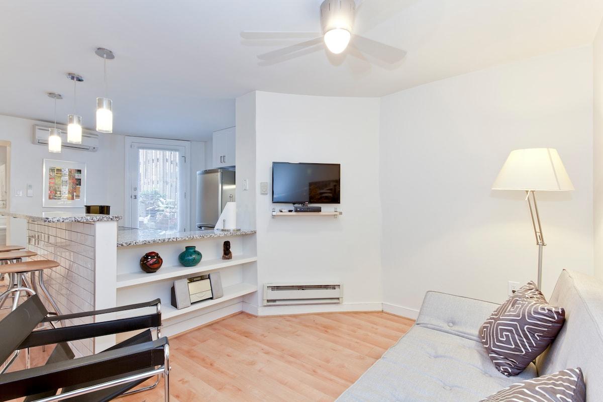 Private apartment in prime location