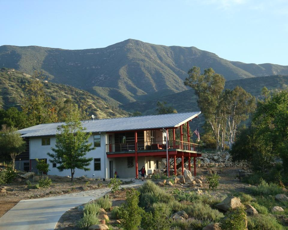 Casa Verde - New Green Trails Town
